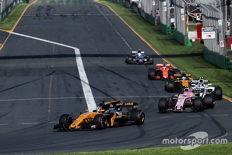 """Overtaking """"almost impossible"""" during Australian GP"""