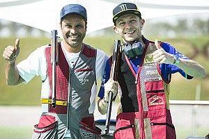 Rossi y Al-Attiyah practican tiro en Qatar
