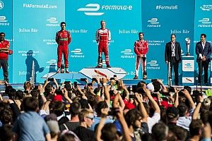 Berlin stardom for Formula E Super Fan