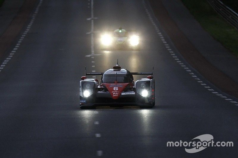 Le Mans 24 Hours: Toyota still in control at half-distance