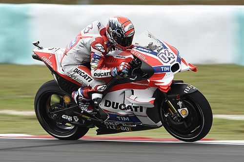 MotoGP: Dovizioso nem akármilyen idővel a pole-ban Malajziában!