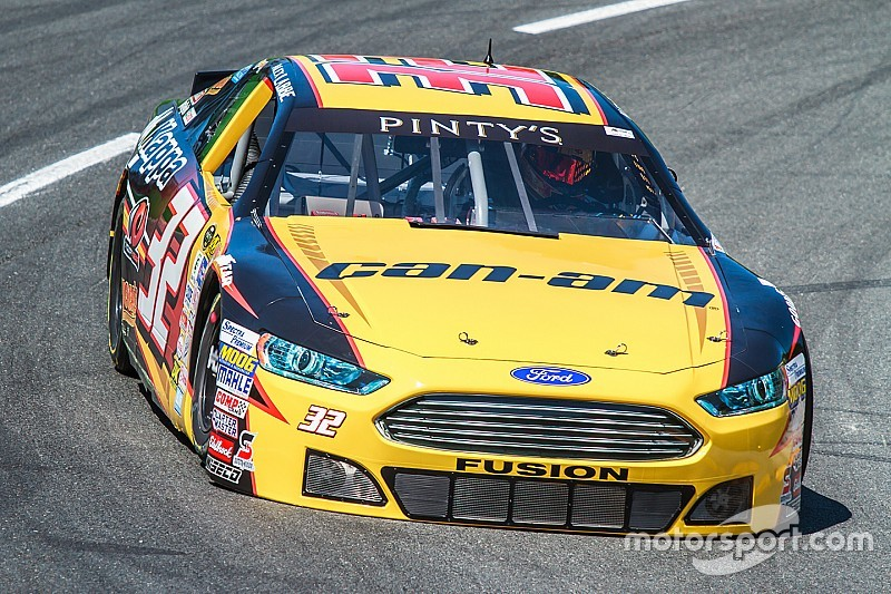 Rain forces postponement of NASCAR Pinty's Series event