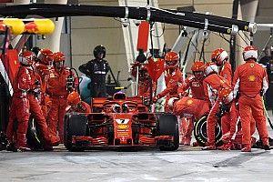 Mecânico que teve perna quebrada por Kimi no Bahrein retorna à Ferrari