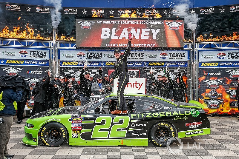 Blaney domina e vence etapa do Texas da Xfinity Series