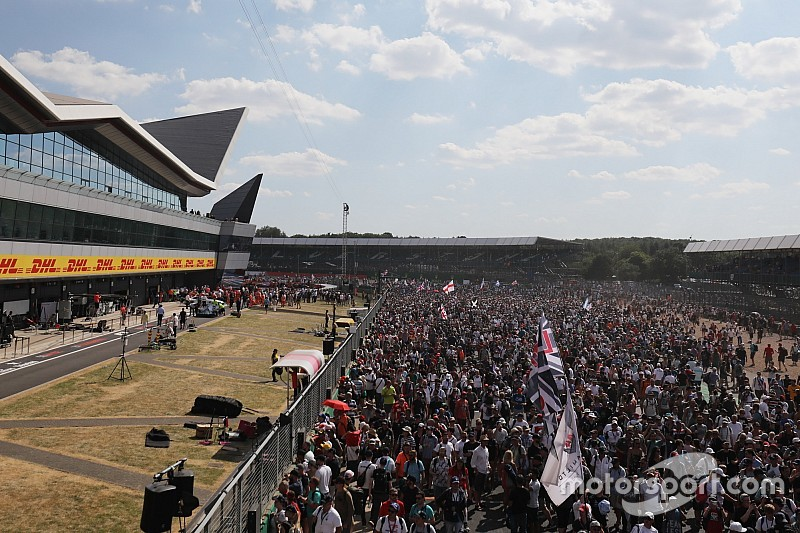 Under-threat British GP tops F1 attendances