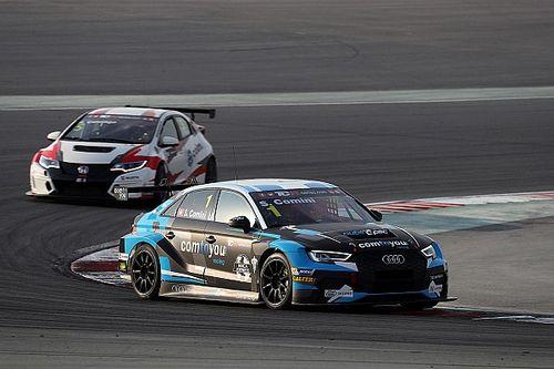 TCR: Cominié a második futam Dubajban, Tassi kiugrott a rajtnál, így győzelem helyett csak 10.