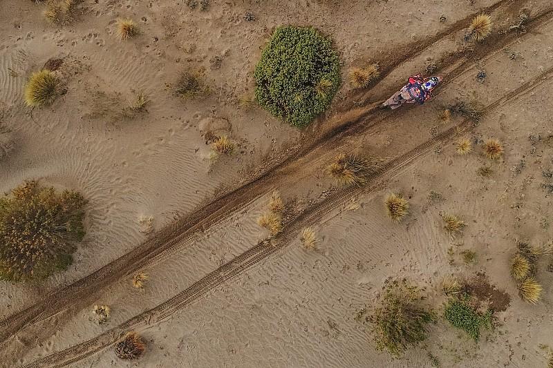 Price vuelve a ganar en un Dakar