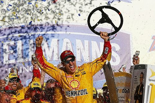 Logano wins at Talladega as four drivers are eliminated from the Chase