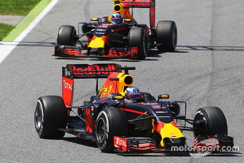 Red Bull to use Verstappen, Ricciardo in Barcelona F1 test