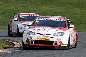 Donington BTCC: Cook remains on top in final practice