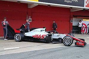 """Formel 1 2018: Haas präsentiert """"echten"""" VF-18 in Barcelona"""