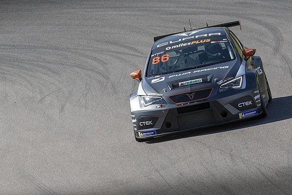 TCR Scandinavia: pole position al debutto per Philip Morin al Ring Knutstorp