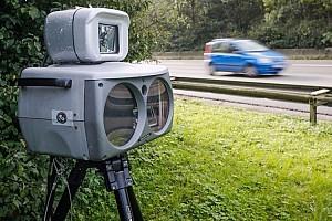 Auto Actualités Une Opel flashée à 696 km/h par un radar!