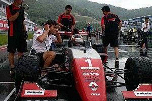 AFR Ningbo: Dana raih podium Race 1 di cuaca ekstrem