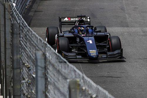 F2 Monaco: Markelov superieur na bizarre botsing De Vries/Albon