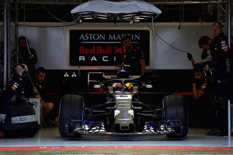 В Red Bull оценили влияние аварии Риккардо на подготовку к сезону