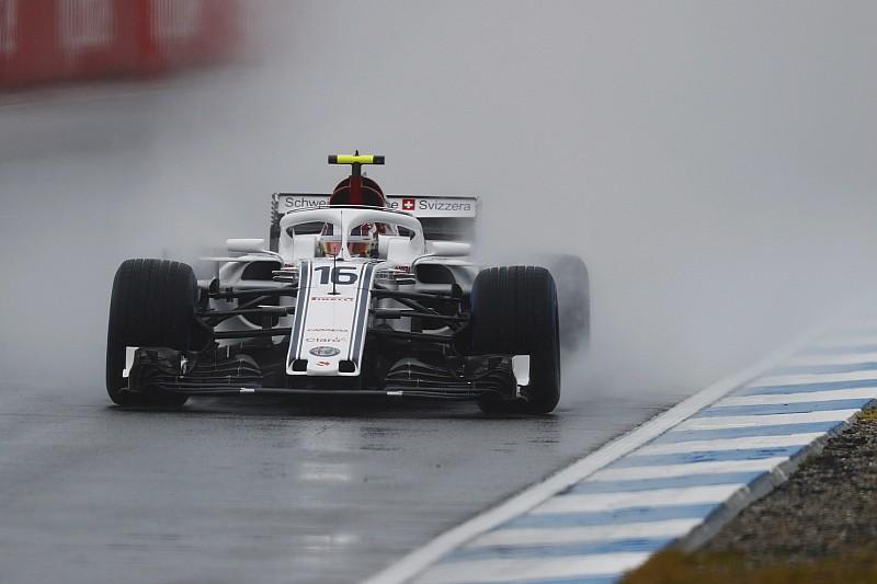 德国大奖赛FP3:莱克勒克大雨中最快