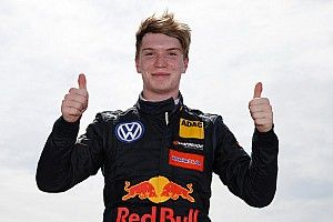 Ticktum kandidat pengganti Hartley di Toro Rosso 2019?