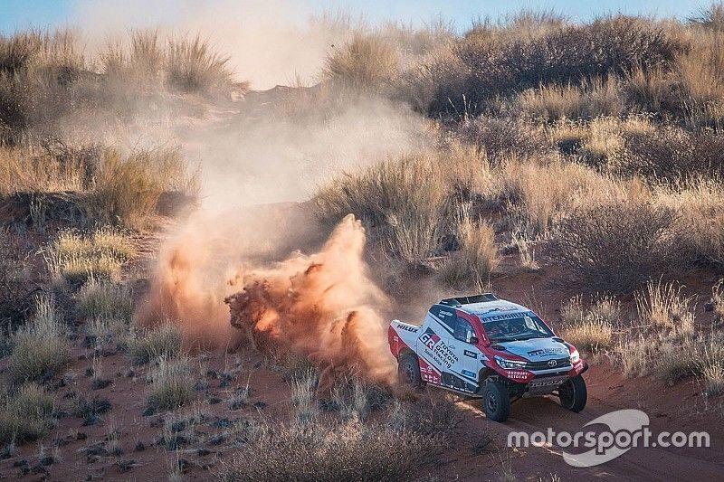 Toyota Gazoo presenta su tridente para el Dakar 2018