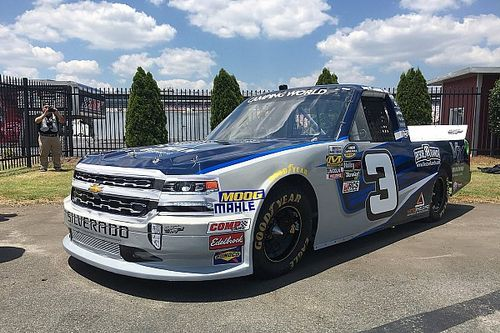 Ryan Newman to compete in NASCAR Truck dirt race at Eldora