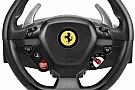 Sim racing Ferrari-kormánnyal támadhatunk szimulátorozás közben