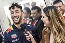 Формула 1 Відео: як гонщики Red Bull покаталися на снігу у 2016-му