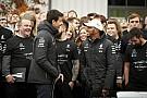 Csak idő kérdése, hogy a Mercedes aláírjon Hamiltonnal