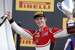 GP3 Red Bull Ring: Ilott domineert eerste race, pech Hubert