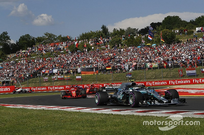 """Villeneuve: """"Bottas jó komornyikként lassította a Ferrarit a Magyar Nagydíjon"""""""