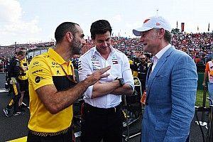 """A Mercedesnek """"fájdalmasan"""" hiányzik Lauda"""