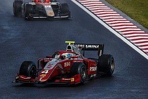 F2 Hungaroring: De Vries kuasai feature race, Gelael ke-13