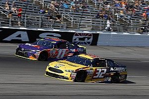 Hamlin offers donation to help DiBenedetto and team race at Phoenix