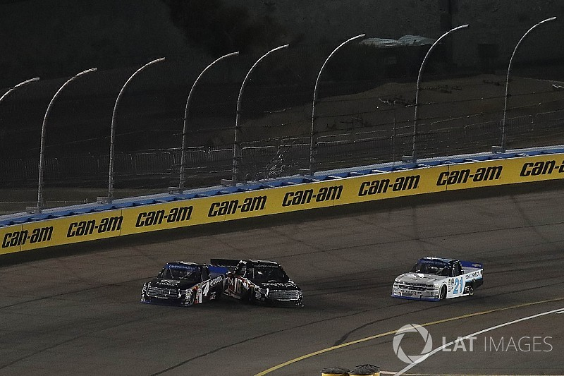 Championship 4 grid set for the NASCAR Truck Series at Phoenix