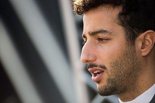 """Ricciardo tells Hulkenberg: """"No need to be a hero"""" over Halo"""