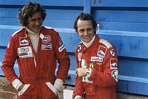 Így tisztelegnek az F1-es csapatok Niki Lauda emléke előtt Monacóban