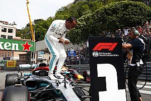 Hamilton extravasa em comemoração por pole em Mônaco e diz: 'Tive que cavar fundo'