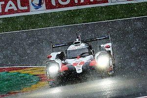 Problemas en el Toyota de Pechito López ayudan a Alonso