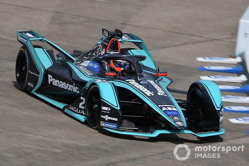 Berlijn ePrix: Evans bovenaan in eerste training, Vandoorne derde