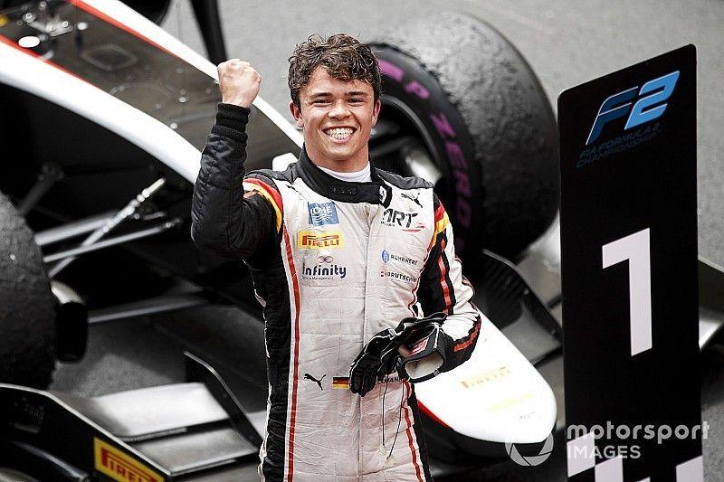 Monaco F2: De Vries wins bizarre red-flagged feature race