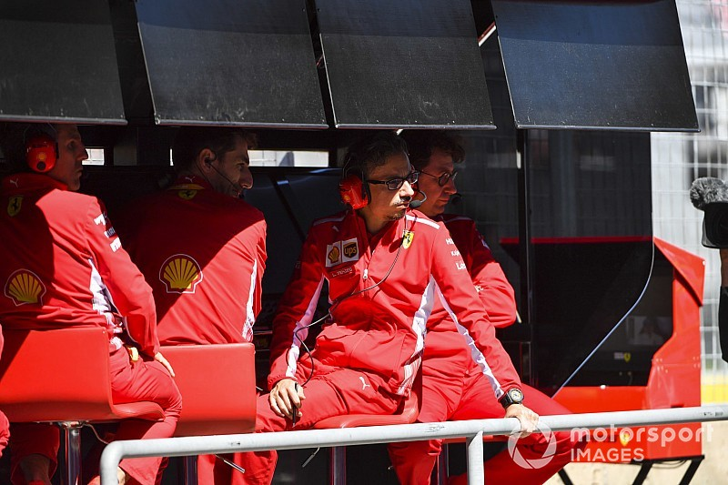 Binotto és a Ferrari futamok óta ugyanazt szajkózza