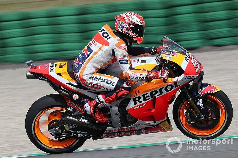 Marquez: Lorenzo crashes show how difficult the Honda is