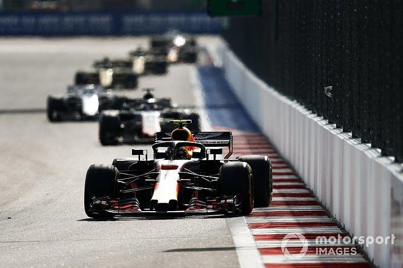 14 places gagnées en 8 tours : Verstappen a fait le show