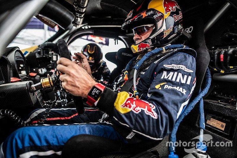 """Sainz, tras su accidente: """"Es un poco desastre este año el roadbook"""""""