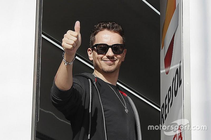 """Il dottor Mir è ottimista: """"Lorenzo può recuperare per i test in Qatar"""""""