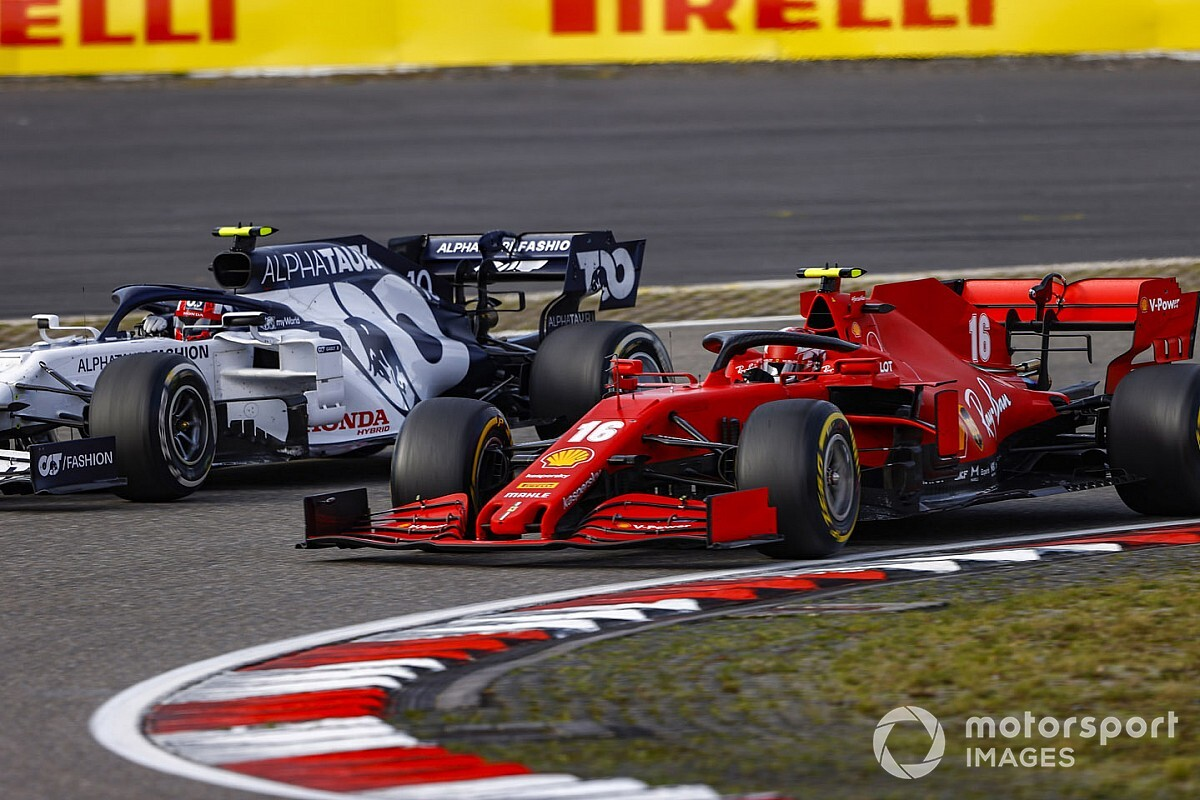"""Rueda: """"Leclerc in gara con gomme soft troppo fredde"""""""