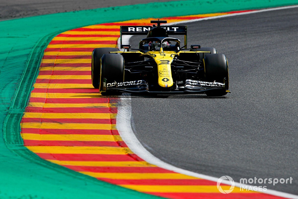 "Ricciardo says Renault F1 car ""happier"" in low-downforce trim"