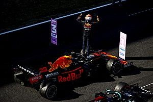 "Red Bull salue le ""fair-play"" de Mercedes dans les stands"