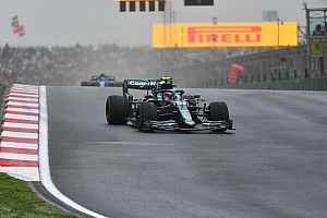 """Vettel over keuze voor slicks: """"Veel slechter dan ik dacht"""""""