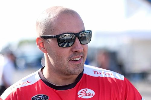 Kevin Lacroix dominates for historic win in NASCAR Pinty's Series