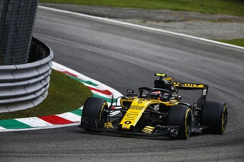 "Sainz: Renault needs ""magic pace"" to beat Haas, Force India"